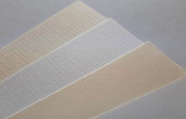 kartony białe i ecru z fakturą Ivory