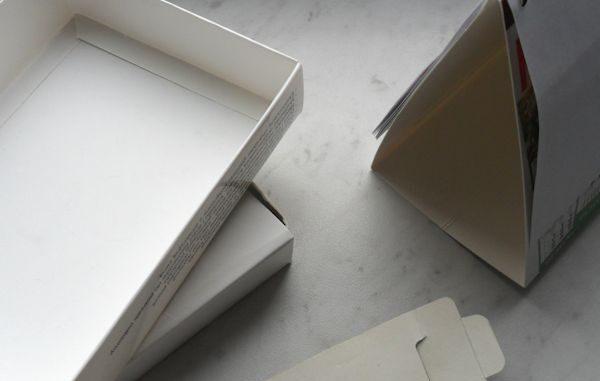 karton poligraficzny z kremowym spodem